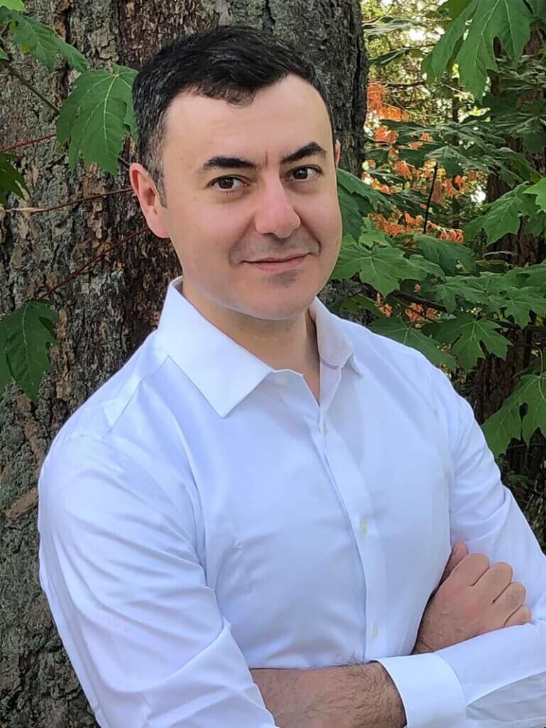 Allan DeBono